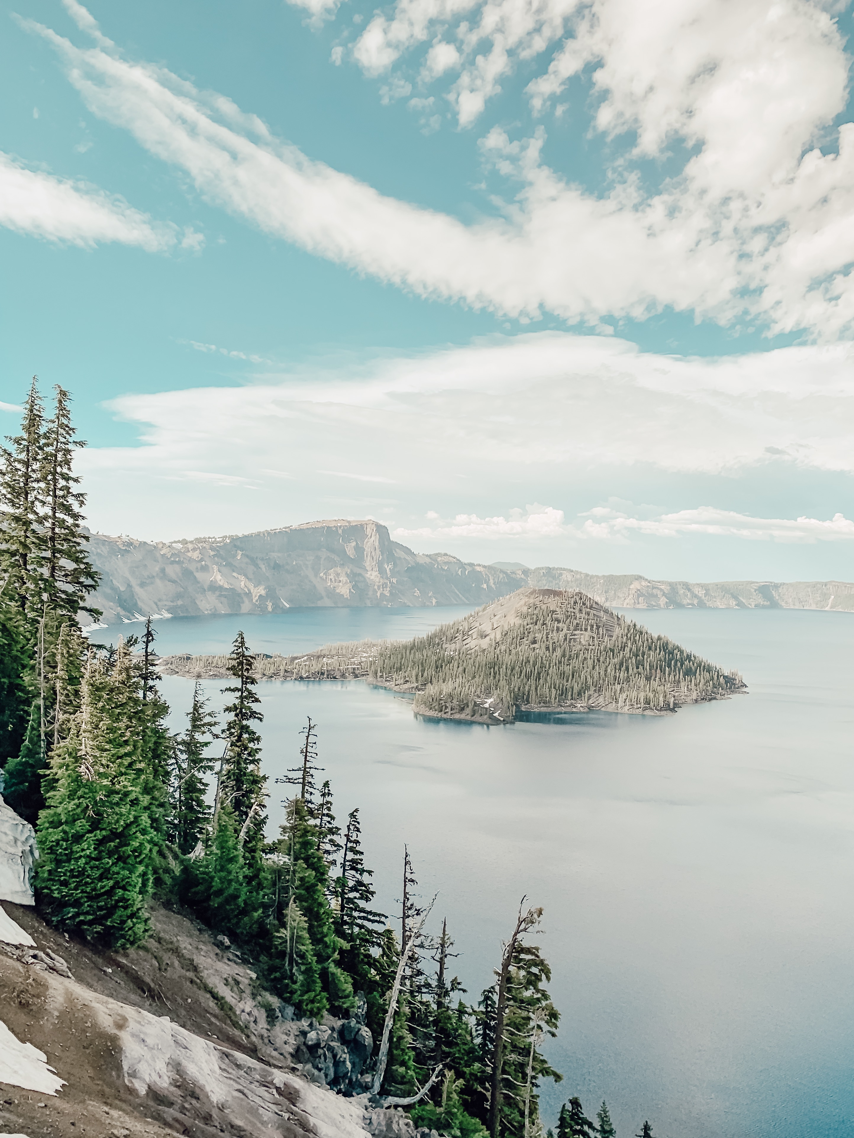 crater lake travel guide